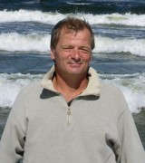 more about Andrzej Kubanek